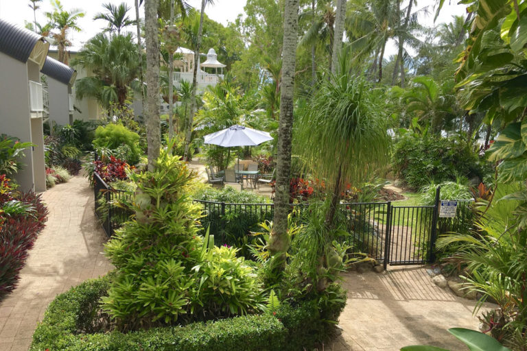 1200--palm-cove-accommodation15