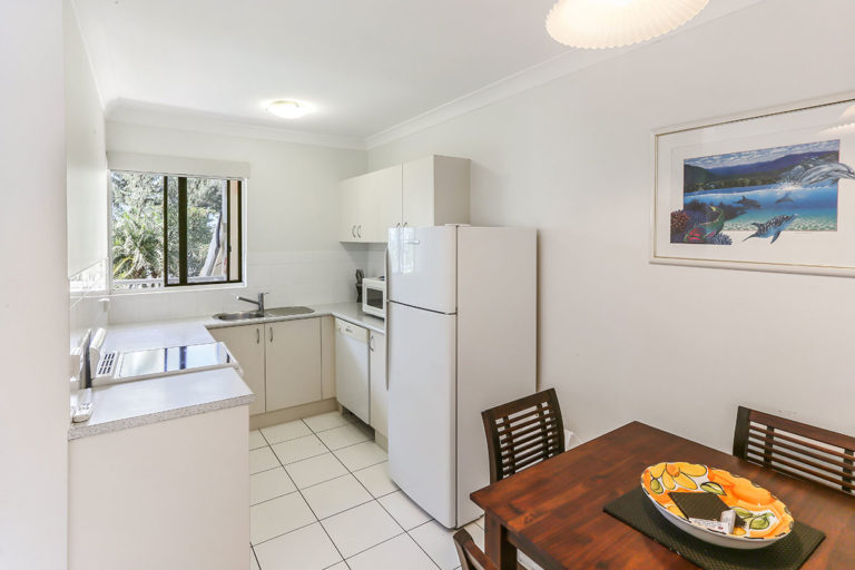 1200-1bed-gardenview-palm-cove13
