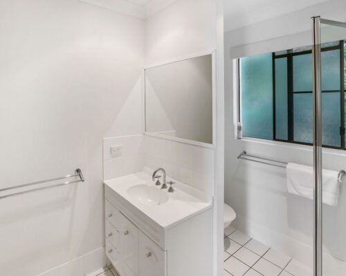 1200-1bed-gardenview-palm-cove16