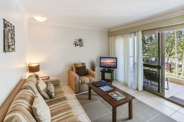 1200-1bed-oceanview-palm-cove10