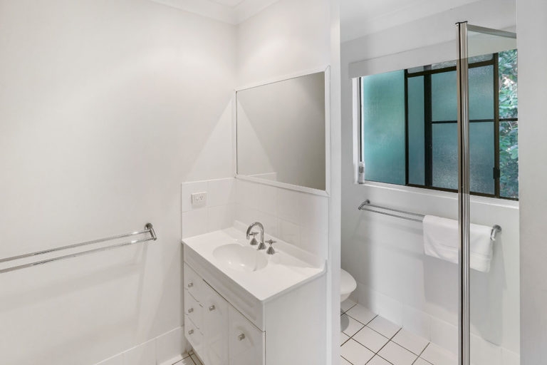 1200-1bed-oceanview-palm-cove7