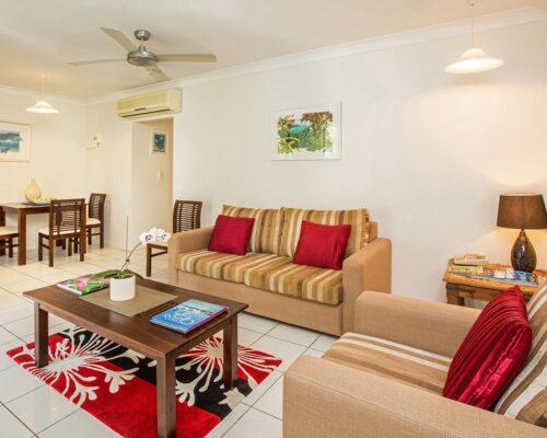 1200-palm-cove-accommodation-st1